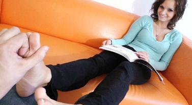Ashley Sinclair Foot Tickling and Foot Job Fantsay